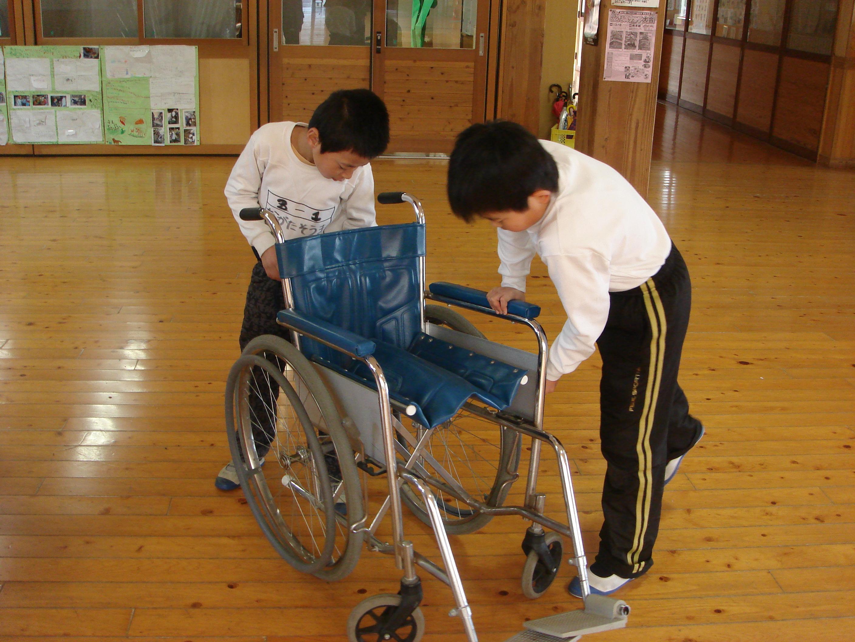 社会福祉法人 菊池市社会福祉協議会旭志小学校3年生が福祉体験学習